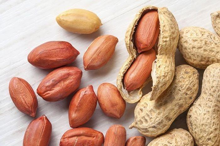 Tips Mengupas Kulit Ari Kacang Tanah